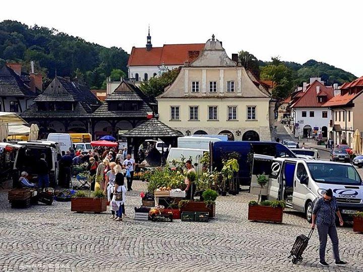 W Kazimierzu w dzień targowy różne słyszy się :) #ilovekazimierz