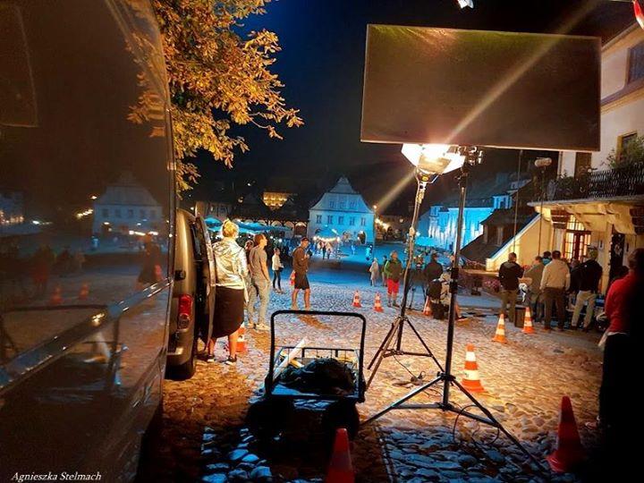 """A na dobranoc jeszcze kilka fotek z nocnego planu serialu """"W rytmie serca"""" :)…"""