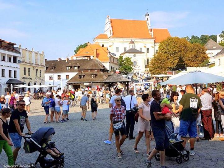 Dobiega końca ostatni sierpniowy weekend! Na Rynku i nad Wisłą tłumy spacerowiczów! Mamy nadzieję,…