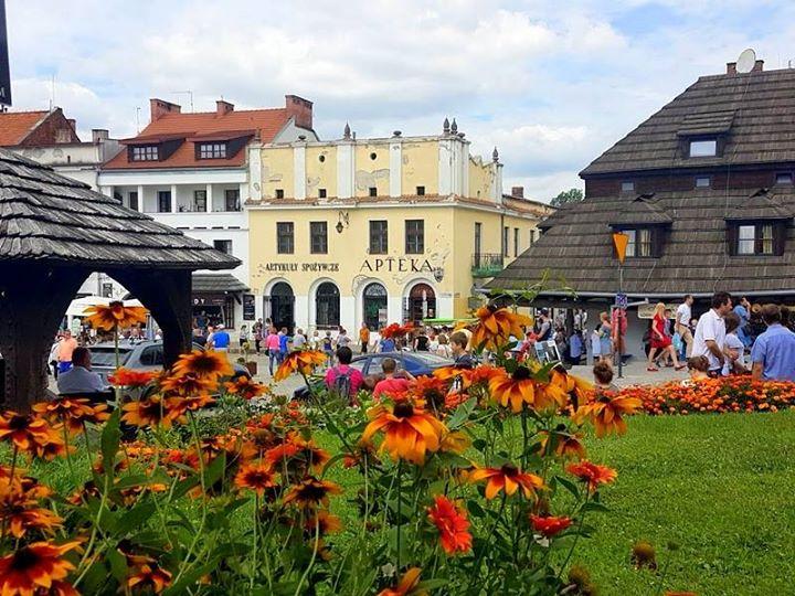 Minęła kolejna wakacyjna, słoneczna niedziela w Kazimierzu Dolnym! Dzięki Wam miasto znowu tętniło życiem…