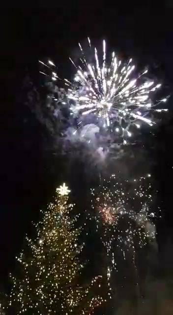 A tak hucznie witano Nowy Rok na kazimierskim rynku!